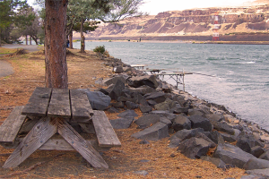 Photo of fishing platforms at Giles French park on The Columbia River