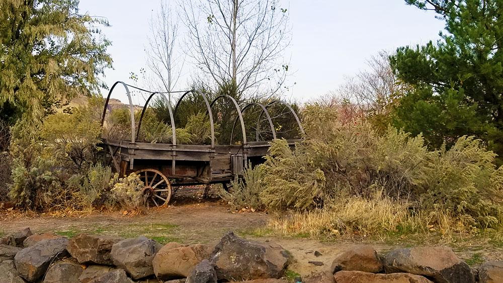 Oregon Trail wagon at Deschutes State Park. Photo by Ben Asmus.