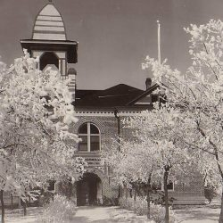 Sherman County, Oregon Courthouse in winter. Date unknown.