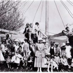 The Merry-go-round at DeMoss Springs, Oregon was a popular spot!