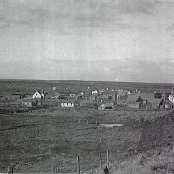Early photo of Grass Valley, Oregon. Date unknown.