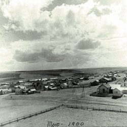 View of Moro, Oregon in 1900.