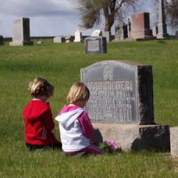 Bethany Lohrey and Karolyn Kaseberg at Van Gilder grave.