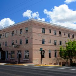 An old building in downtown Moro. Gary Halvorson, Oregon State Archives.